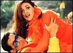 Hrithik Roshan and Esha Deol in Na Tum Jaano Na Hum