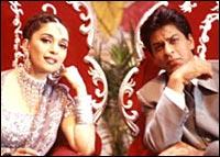 Madhuri and Shah Rukh in Hum Tumhare Hain Sanam