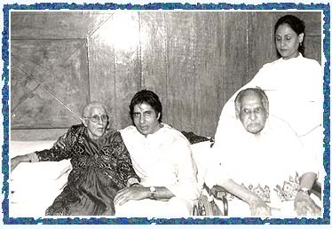 Teji Bachchan, Amitabh, Dr Harivanshrai Bachchan and Jaya Bachchan