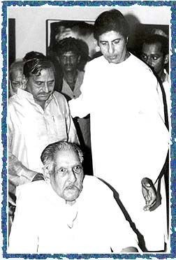 Mulayam Singh Yadav, Dr Harivanshrai Bachchan and Amitabh