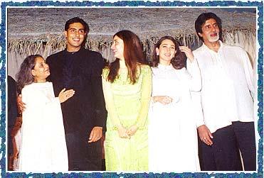 Jaya, Abhishek, Kareena, Karisma, Amitabh