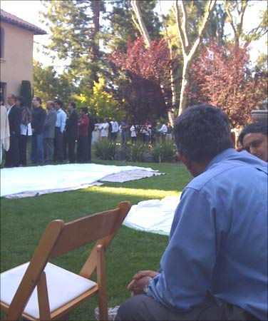 Silicon Valley's finest residents waited in a long queue at Rajeev Motwani's residence to offer condolences.