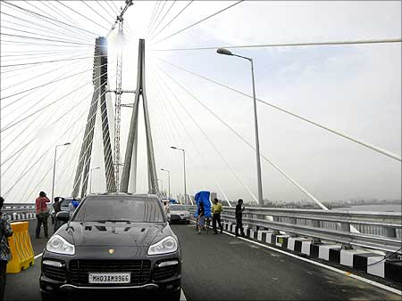 A car makes its way along the Bandra-Worli Sea Link