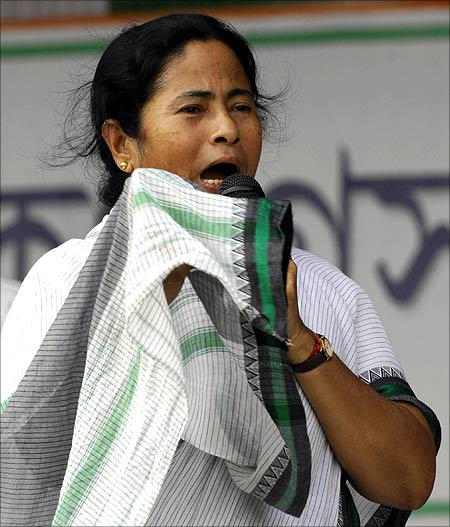 Mamata livid, demands roll back of rail fare hike