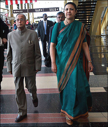 India's ambassador to the US Meera Shankar (right) and Finance Minister Pranab Mukherjee.