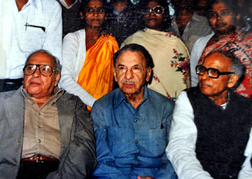 An old photograph of Russi Mody (left) with JRD Tata and late VG Gopal, former TISCO union leader.