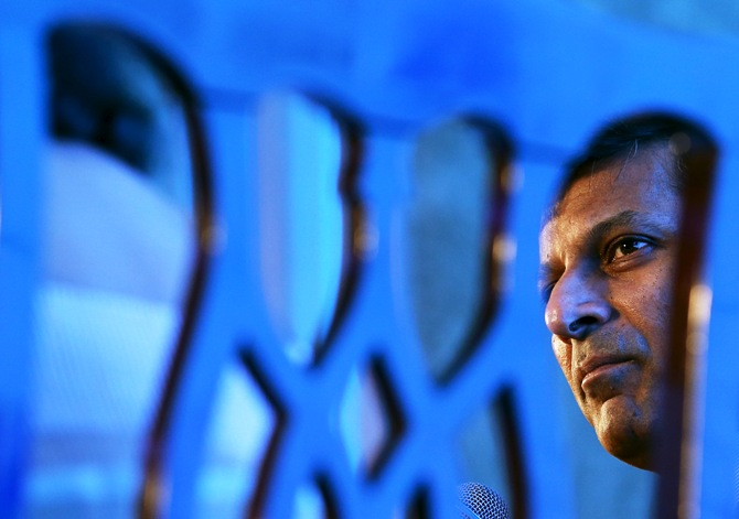 Pressure mounts on Rajan to cut rates; Will he relent?