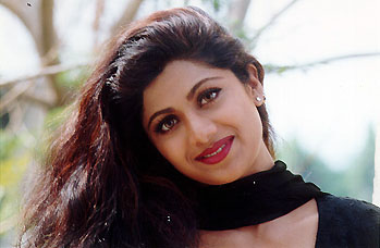 Image result for shilpa shetty in baazigar