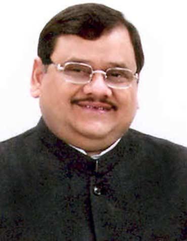 Dr Akhilesh Das Gupta