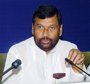 LJP president Ram Vilas Paswan was happy that no party opposed the demand for reservations in Lokpal