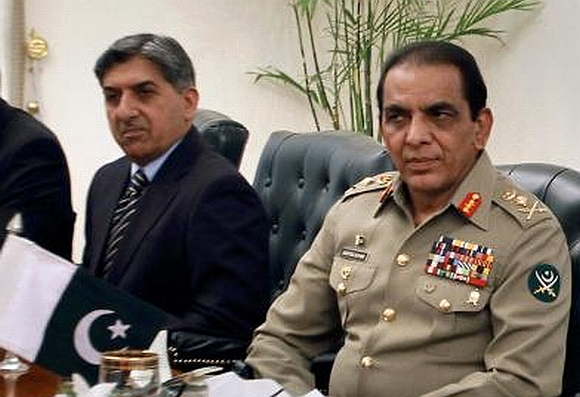 ISI chief Pasha with Kayani