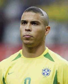 Ronaldo Page 22 Joueur De Football Soccer S C Est Le Football