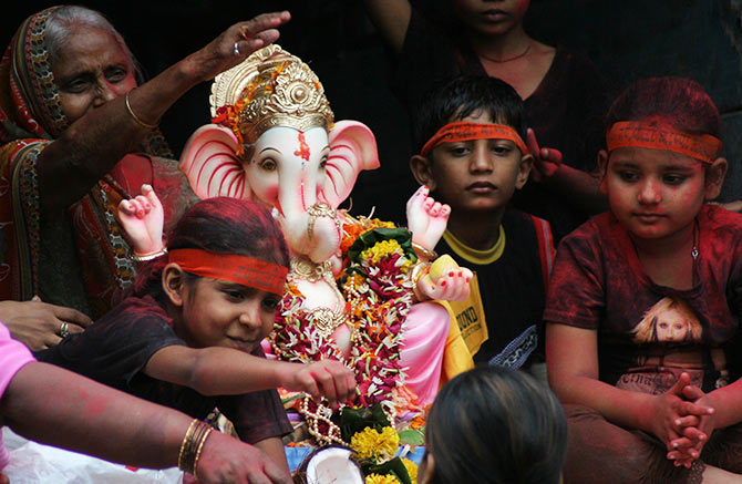 6 ways to make Lord Ganesha happy