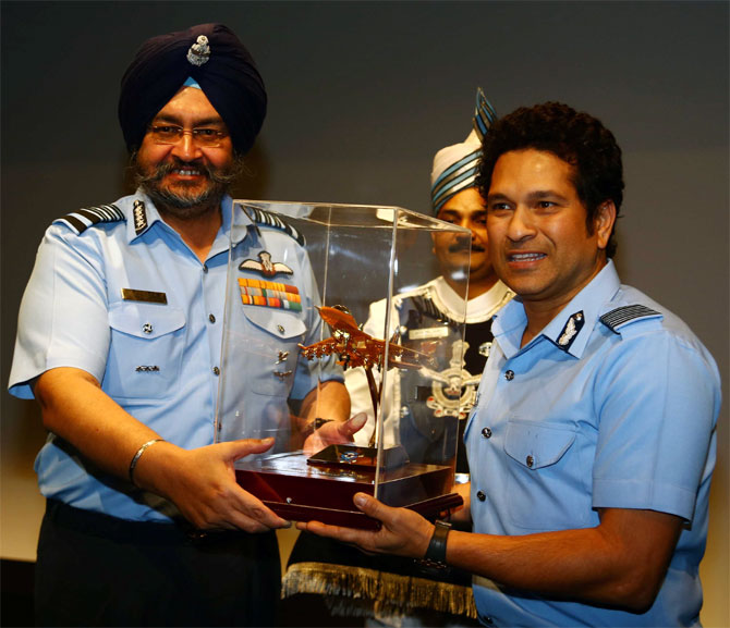 PHOTOS: Tendulkar holds special screening of his film for armed forces