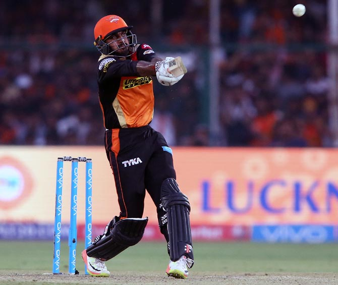 Rediff Cricket - Indian cricket - Shankar replaces Pandya for Aus ODIs, Gill receives maiden call-up