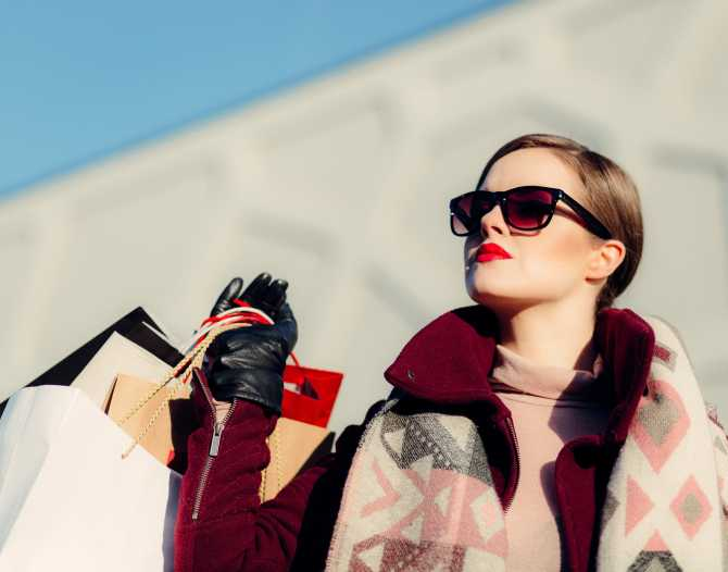 5 credit cards that give best online shopping discounts