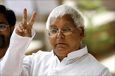 Lalu's RJD continues to occupy office at Rs 333 only in Delhi