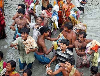 Aila-affected people of Sunderbans.