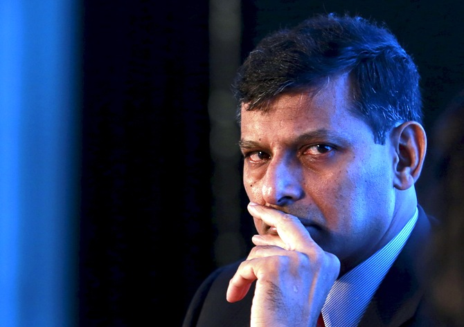 Ensure RBI is not seen as paper tiger: Rajan to staff